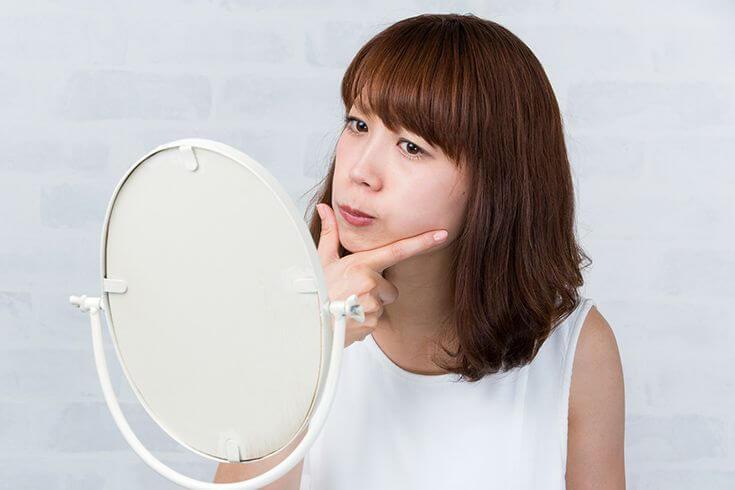 顔のエラをなくすにはどうすればいい?顔のエラの原因と対処法とは